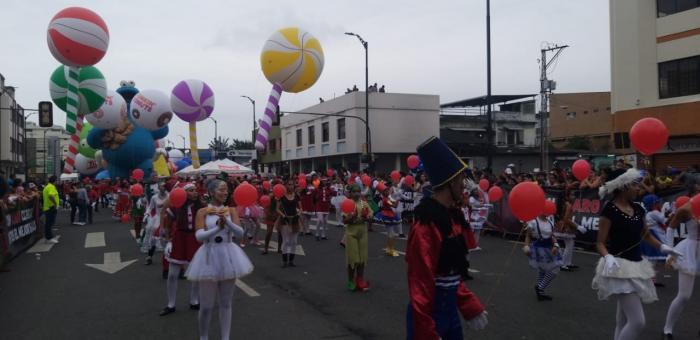 desfile de globos gigantes 2019