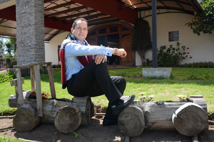 FERNANDO ZURITA (30851720)