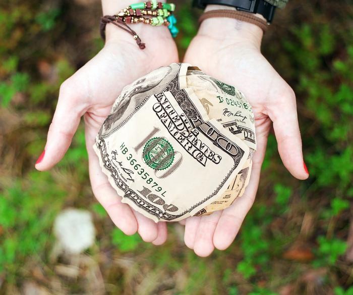 En Ecuador, ahorra es un poco difícil debido a la falta de cultura financiera.