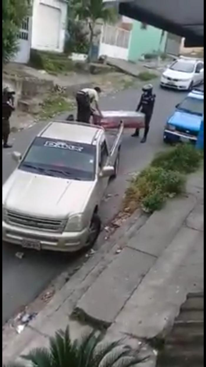 CADAVERES POLICIA