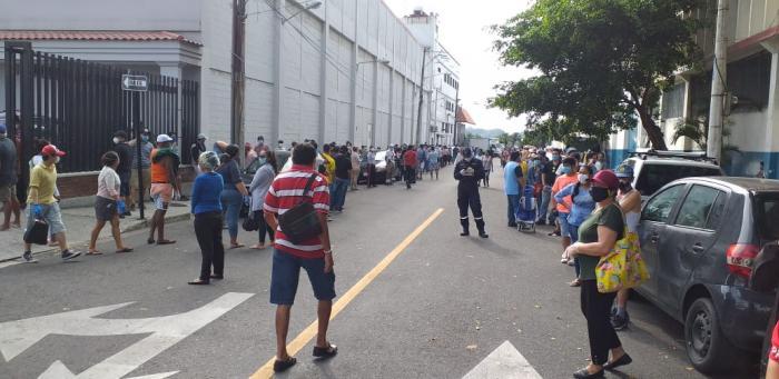 supermercados aglomeraciones coronavirus guayaquil