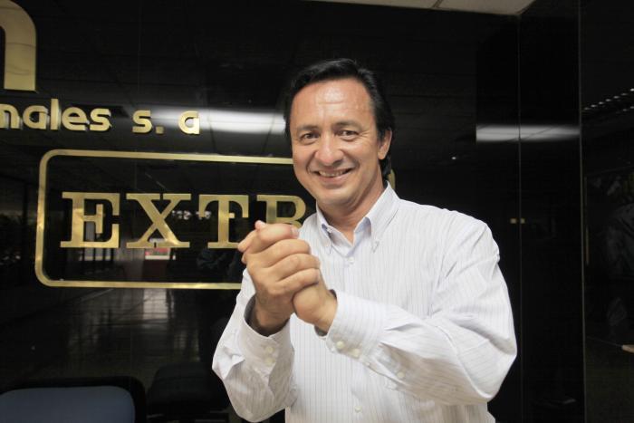 Walter-Ruiz-presentador-Copa