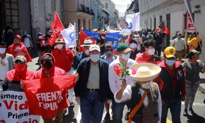 Manifestación contra medidas económicas en Quito