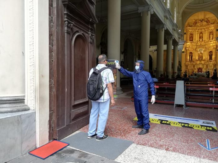 medidas de seguridad en iglesias