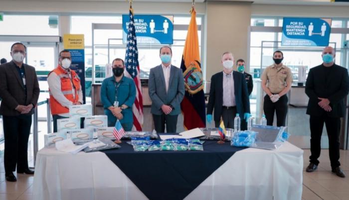 El viernes la Embajada de Estados Unidos entregó equipos a la Dirección de Aviación Civil.