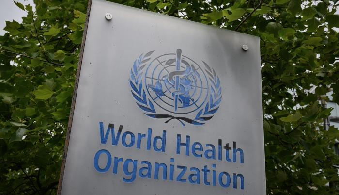 Estados Unidos aporta entre 400 y 500 millones de dólares anuales a la Organización Mundial de la Salud (OMS).