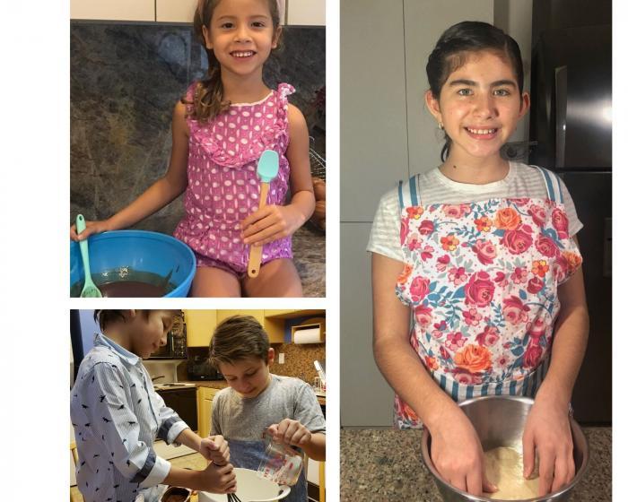 A estos niños les gusta cocinar.