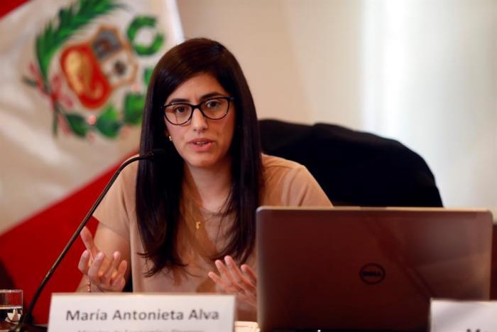 maria-antonieta-alva-ministra-economia-peru-covid