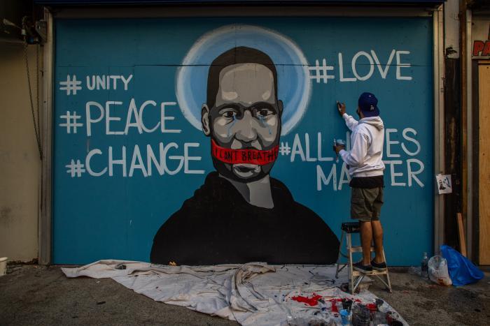george-floyd-mural-mundo-arte-graffitti-hashtags