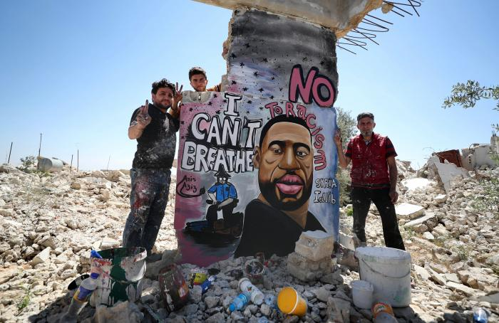 george-floyd-siria-mural-mundo-arte-graffitti