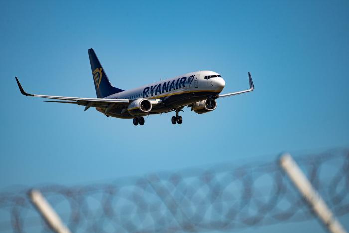 avion-ryanair-vuelo