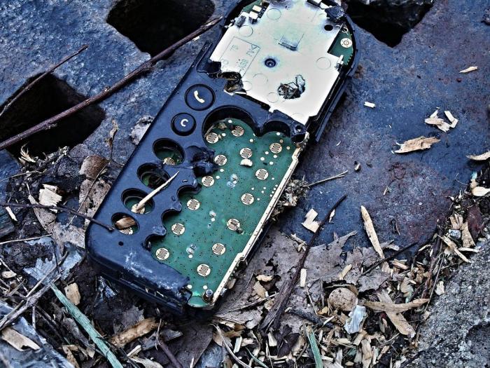 desperdicio-tecnologico-celular