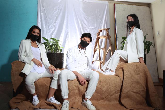 Artistas chinos 5