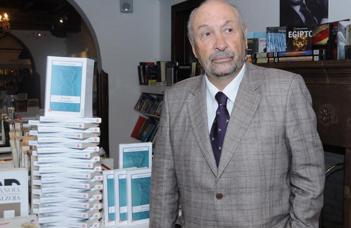Javier-Vasconez-Escritor
