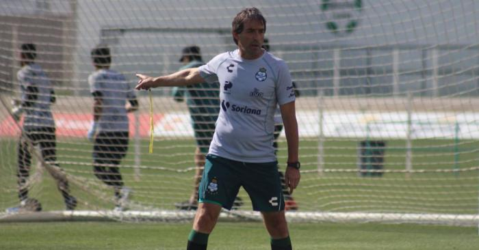 Guillermo-Almada-candidato-entrenador-Tri