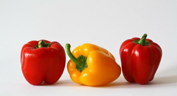 Pimiento, vegetal básico en la cocina.