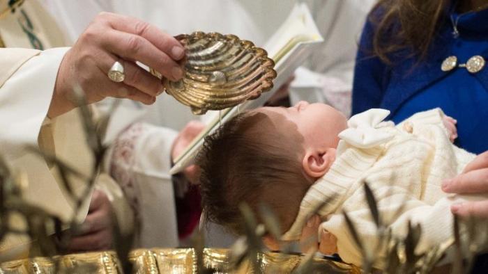 Iglesia Católica_Vaticano_Bautismo