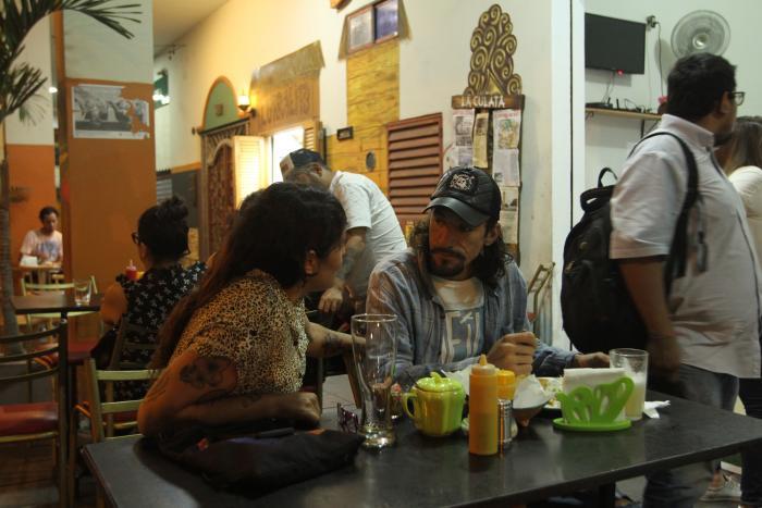 Los restaurantes son parte del ocio de la ciudad.