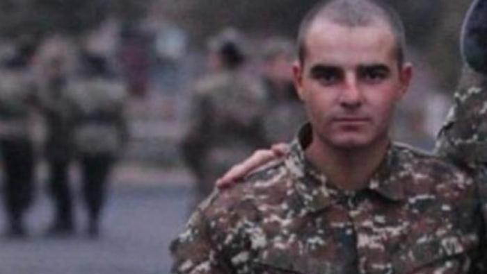Futbolista-armenio-guerra-jugador