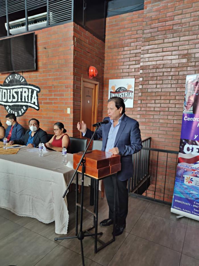 Carlos Sagnay en campaña electoral