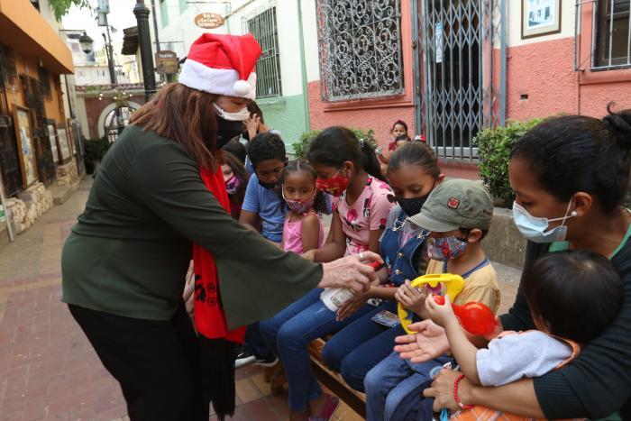 fiesta navidad Cerro Santa ANA (32891765)