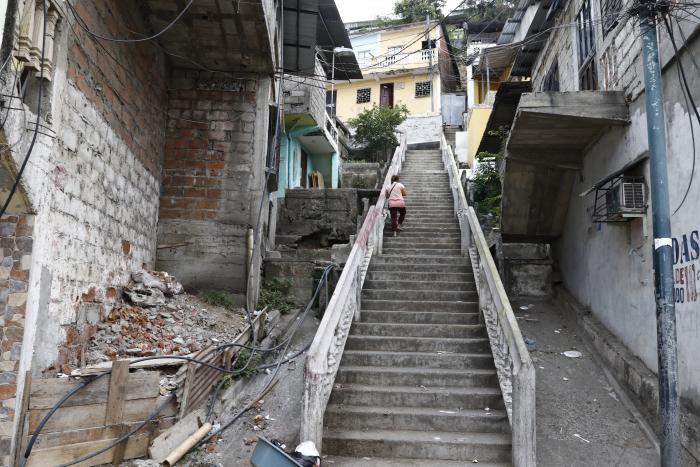 El cerro Las Cabras guarda la historia del cantón, pero hoy está infestado de droga.