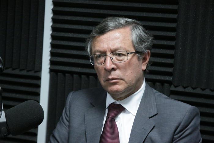 Medardo Oleas- debate