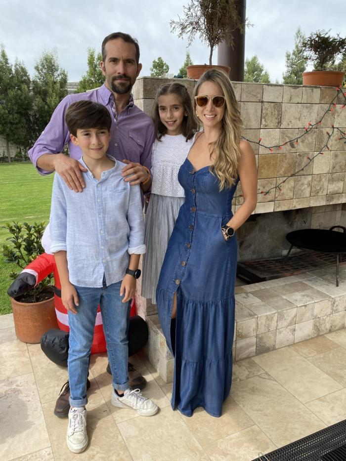 Jose María Ponce y su familia