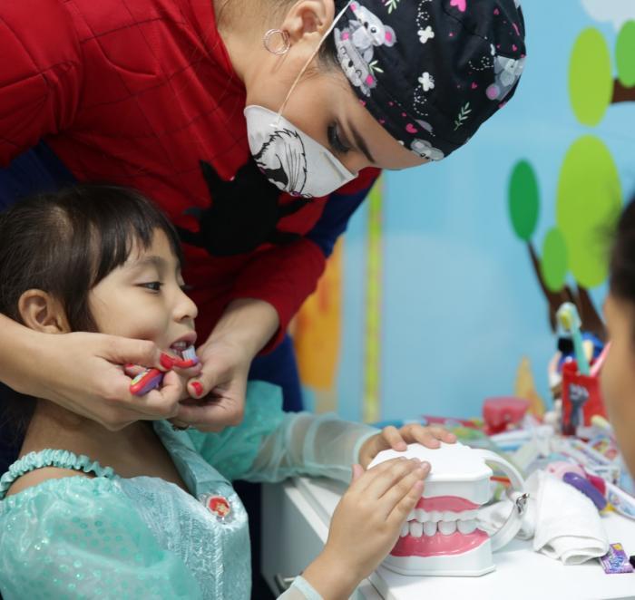 Doctora Yuliana Gutiérrez, odontopediatra