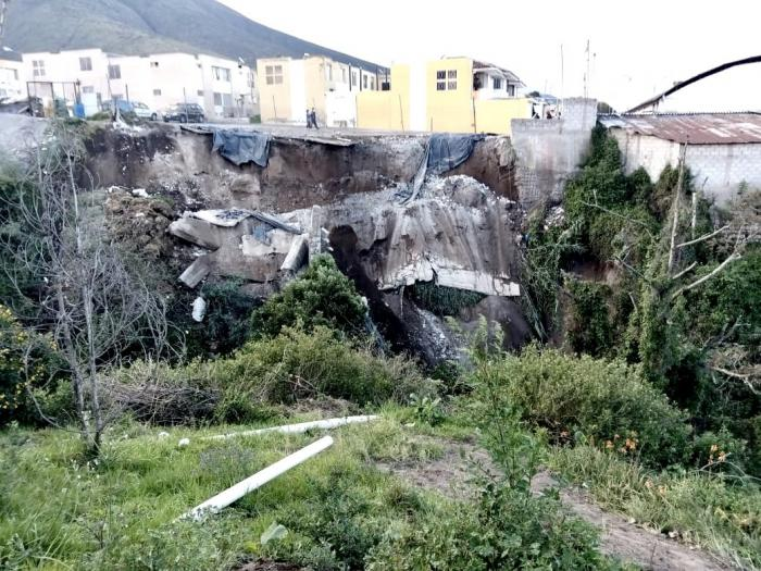 Caida-Muros-Luuvia-Quito