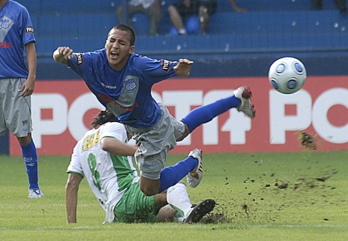 Bryan-Rodríguez-Olmedo-delanteros