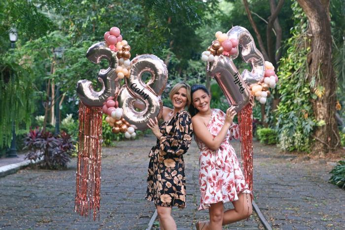 Gaby Díaz y Polly Andrade.