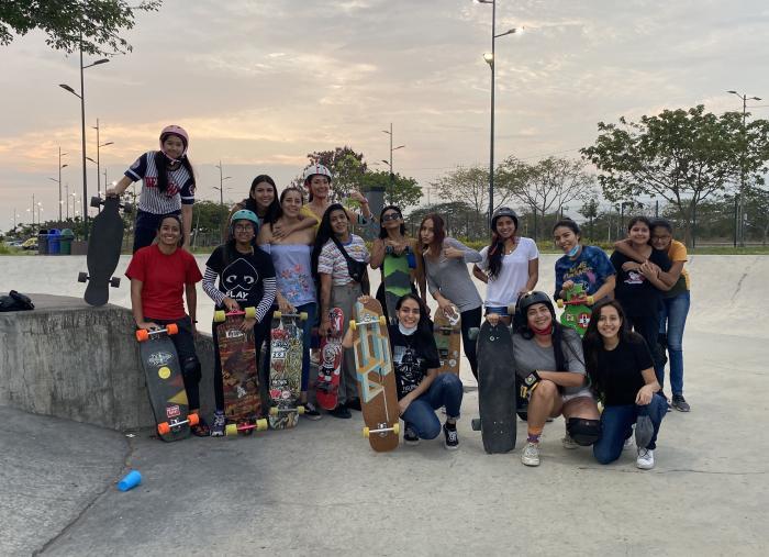 Longboard-girls-crew