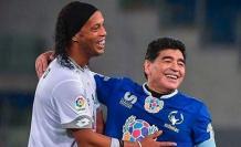 diego-maradona-ronaldinho-futbol