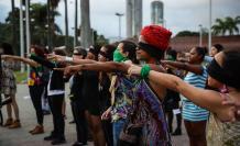 mujeres protestan un violador en tu camino