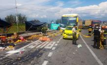 Accidente vía Quito-Papallacta