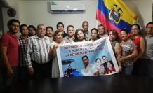 FAMILIARES DE ECUATORIANO