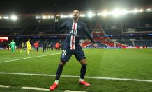Paris Saint-Germain v (31398860)