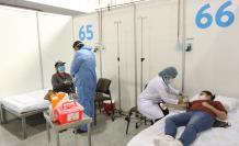 pacientes en el centro de convenciones
