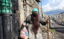 entrega de kits alimenticios en Quito