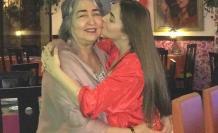 Romina Calderón y su madre