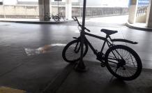 bicicletas encadenadas