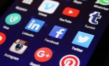 redes-sociales-celular