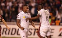 Antonio+Valencia+Liga+Salida