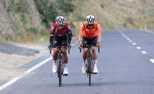 Richard-Carapaz-Jhonatan-Narváez-Ineos-ciclismo