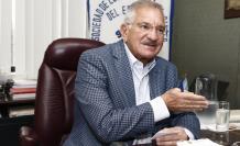 José Jouvín, presidente de la Sociedad de Lucha Contra el Cáncer del Ecuador (Solca).
