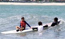 El surf como terapia para el autismo