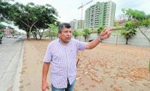 Restlessness.  The resident Johnny Cóndor explains the solutions that should be applied to recover the utility of the Guillermo Cubillo parterre.