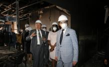 Daños. Excontralores y funcionarios acompañaron a Pablo Celi en el recorrido por las instalaciones destruidas.