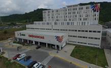 Hospital de Los Ceibos. Los pacientes se quejan de la atención, aseguran que faltan medicinas, especialistas, reactivos; y que la espera en atención es larga. Tanto en Consulta Externa como Emergencias.